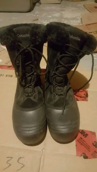 Columbia winter boots water resistant  Kelowna, V1X 4G2