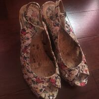 Floral wedges size 6 (never worn)  Mississauga, L5M 3K4