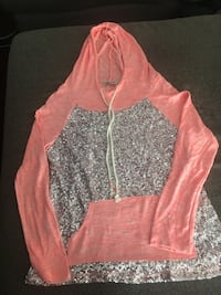 Sequined pullover  Lincoln, 68521