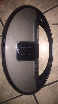 Iphone or iPod Docking station on one side then CD player on other Hamilton, L8P 4L5