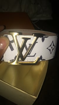 White and black louis vuitton leather belt Boston, 02125