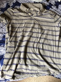 Large grey blue stripped shirt  Baton Rouge, 70816