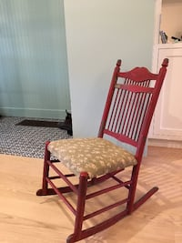 Antique nursery rocking chair GUELPH