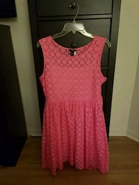 H&M Dress. Worn Once. Lace Montreal, H4C 2W2