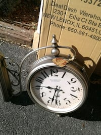 Barrel shack double sided wall mount clock new Burtonsville, 20866