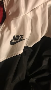 White and black nike pullover hoodie Scio, 97374