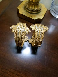 """Gold Plated Bangles with Screw locks size 2.5"""" Calgary, T3L 3C5"""