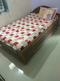 4/6wooden bed with storage Ahmedabad