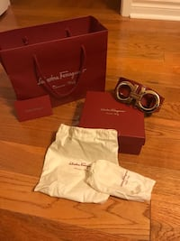 Ferragamo belt: red leather Mississauga, L5B 3J6