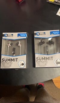 Summit Earbuds with mic