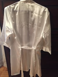 white satin bathrobe Toronto, M6M 3C1