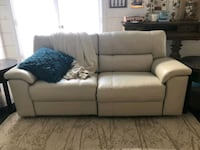 Leather power couch Commerce, 30530