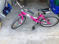 Girls pink and white bicycle Vaughan, L4H 3H3