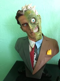 Two Face DC Direct Bust Belmont, 94002