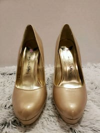 Size 7.5/8 heels  Winchester, 22601