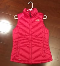 Womens Small THE NORTH FACE down insulated vest pink Maplewood, 55109