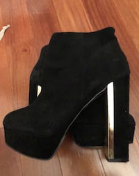Shoes booties Laval, H7W 5M9