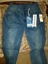 blue-washed denim bottoms New Carrollton, 20784