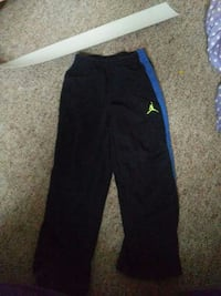 2a6d5a21a41468 Used Scrub bottoms 2 xl for sale in Fond du Lac - letgo
