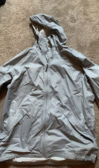 Men's XL North Face Raincoat Bowie, 20715