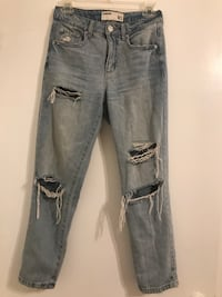 High Waisted Ripped Jeans Toronto, M1K 4Z7