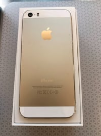Apple iPhone 5S unlocked, 16GB, Gold Oakville, L6H 1R5