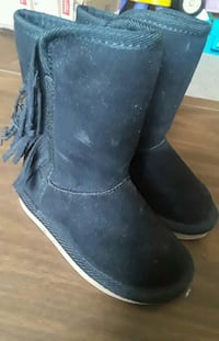 Old Navy boots size 5 Somerset, 42501
