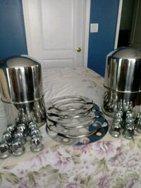 4 stainless steel wheel covers with Beauty. Rings. South Pittsburg, 37380
