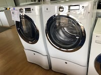 Electrolux white washer and dryer set with pedestals Woodbridge, 22191