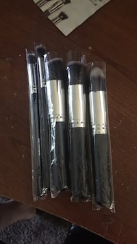 Dermatique brush set brand new 2353 mi