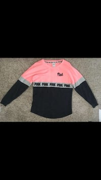 Pink long sleeve size xsmall Winnipeg, R3M 1Z1