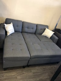 Sofa cama A solo $450 available in storage