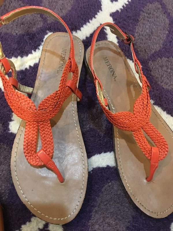5acf78f76 Used Coral Orange Sandals - Size 8 for sale in Dallas - letgo