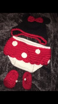 Hand made newborn Minnie Mouse outfit  Manteca, 95336