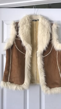 Brown and white fur vest Longs, 29568