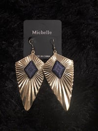 Gold and black earrings Temple Hills, 20748