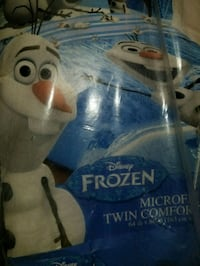 blue and white Disney Frozen Olaf plush toy pack Lynn Haven, 32444