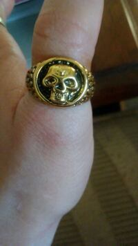 Gold-Colored Skull Ring Chico, 95973