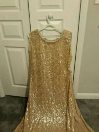 women's gold-colored sleeveless dress Gainesville, 32608