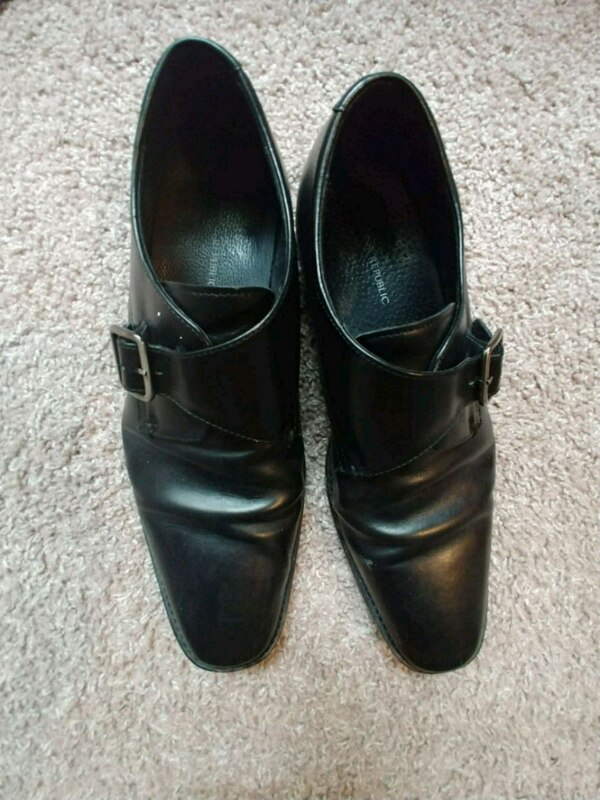 e6132671eacb31 Used Banana Republic Black Men s Shoes 11 for sale in Plano - letgo