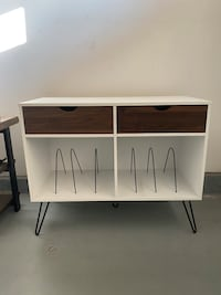 Mcm style record table
