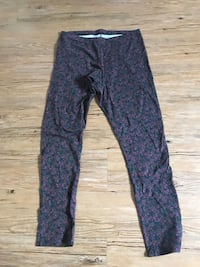 New ladies size L leggings a.n.a Jamestown, 14701