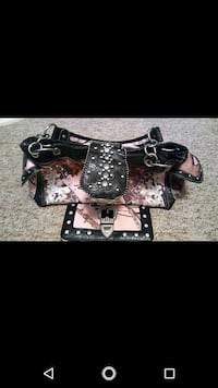 Mossy oak matching purse and wallet..  Bartow, 33830
