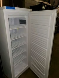 Kenmore upright freezer NEW scratch and dent  Baltimore, 21223