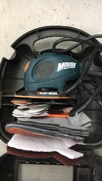 Black & Decker corded sander / polisher model Mouse with case and sand paper and polisher attachment  Langley, V2Z