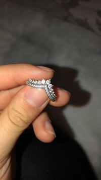 Pandora Ring  Size 7  Great condition and very clean