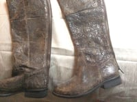 Pair of brown leather boots Suffolk, 23435