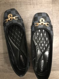 Flats size 7.5. Brand new . Doesn't fit me. Surrey