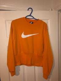 Nike Sweater  Richmond Hill, L4C