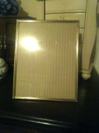 Gold picture frame Jackson, 39206